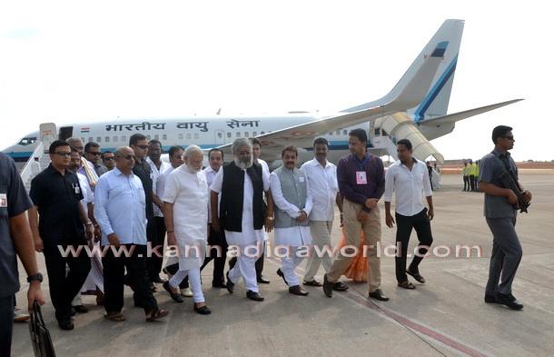 Modi_visit_Airport_5