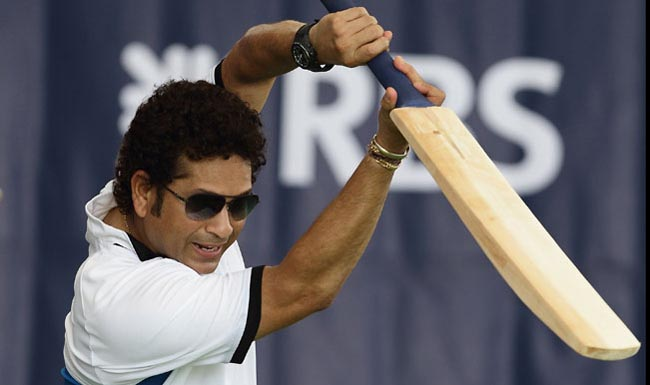 SINGAPORE - JUNE 03:  Sachin Tendulkar conducts a masterclass session with young cricketers at the Singapore Cricket Club on June 3, 2014 in Singapore.  (Photo by Suhaimi Abdullah/Getty Images)