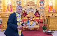 London's Muslim Mayor Visits His 'Favourite' Temple, Participates In Rituals
