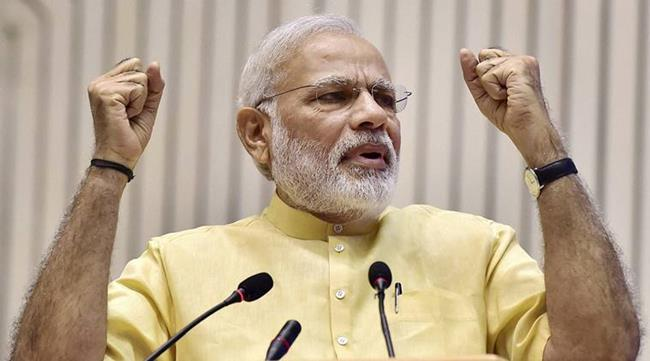 New Delhi: Prime Minister Narendra Modi gestures as he speaks at a function where he was felicitated by All India Gems and Jewellery Trade Federation (GJF) in New Delhi on Saturday.  PTI Photo by Kamal Kishore (PTI7_23_2016_000207A)