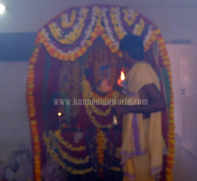 kundapura_aayudha-pooje_police-station-8