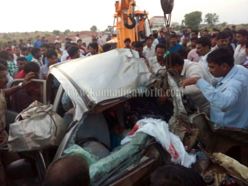 kundapura_byndoor_accident-2