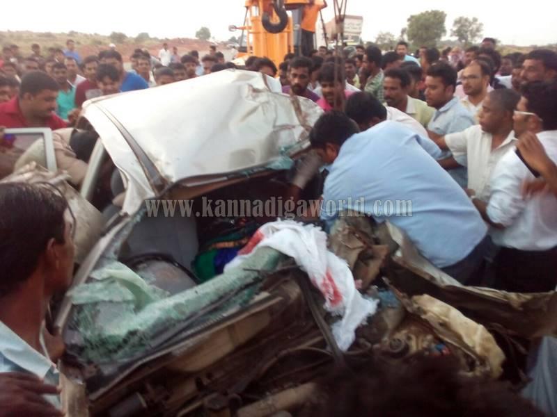 kundapura_byndoor_accident-4