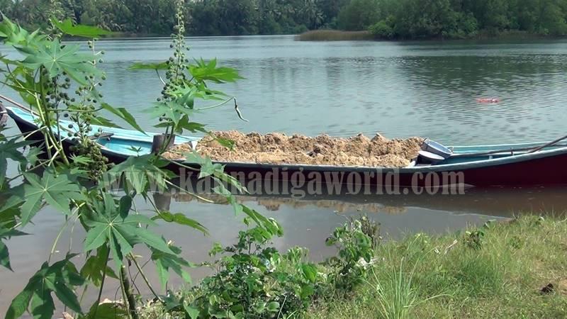 kundapura_illegale_sand-mining-2