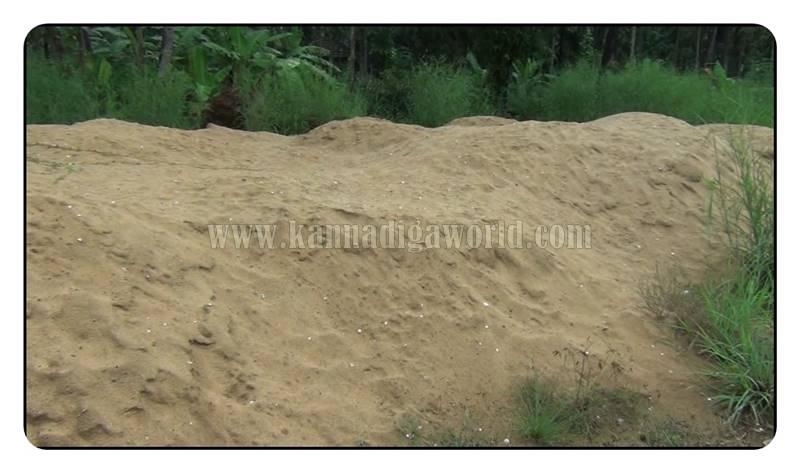 kundapura_nada_illegle-sand-mining-2