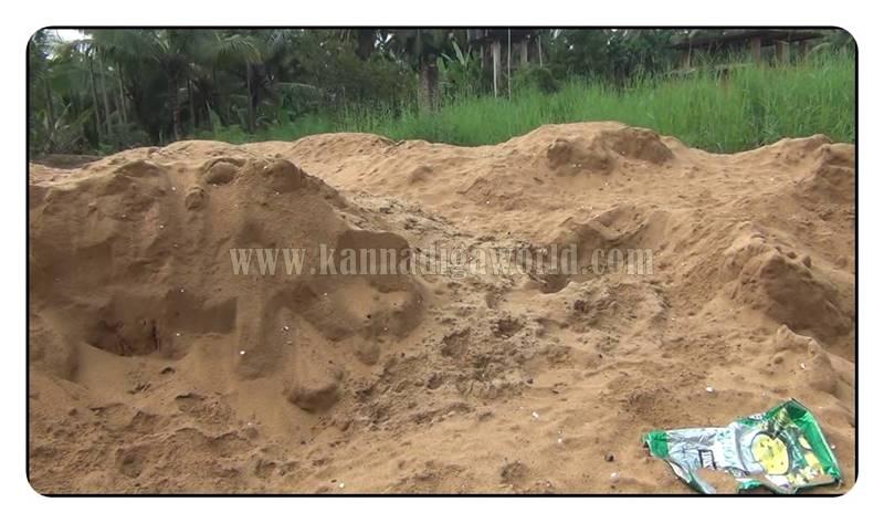 kundapura_nada_illegle-sand-mining-5