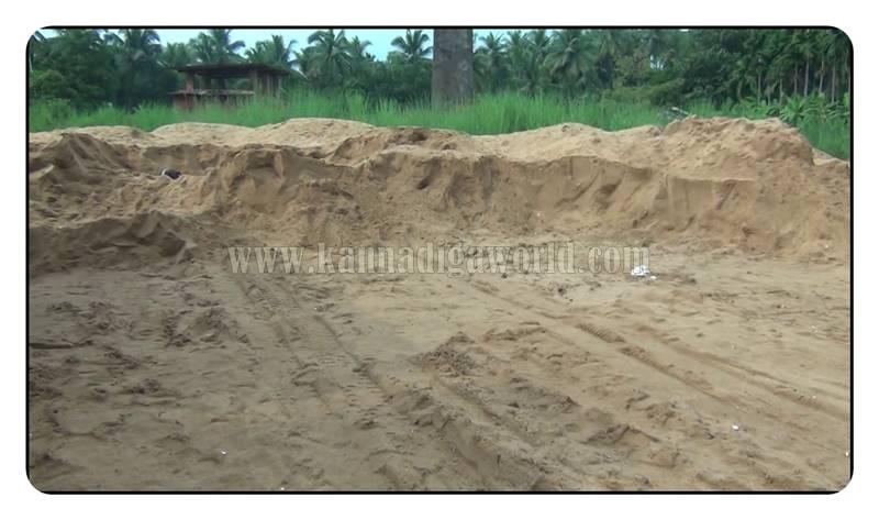 kundapura_nada_illegle-sand-mining-6