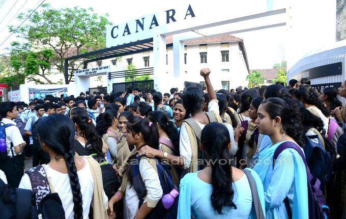 canara_colg_protest_5