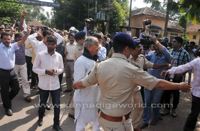 tippu-jayanti-protest_26