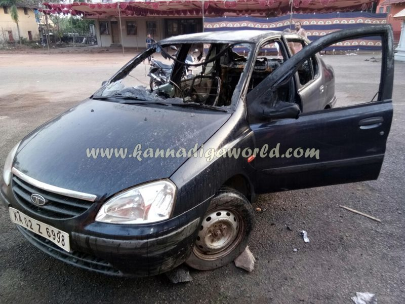 car_catches_fire-at-udupi-6
