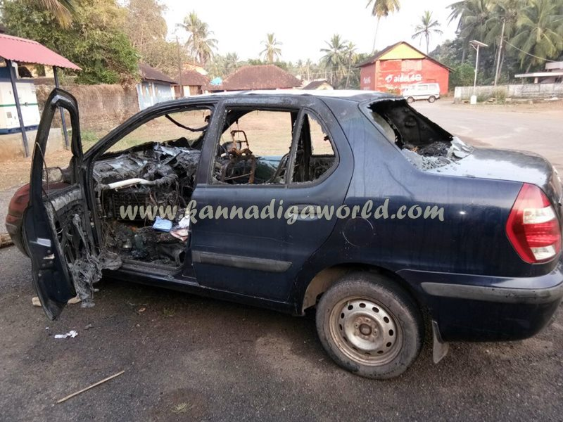 car_catches_fire-at-udupi-7