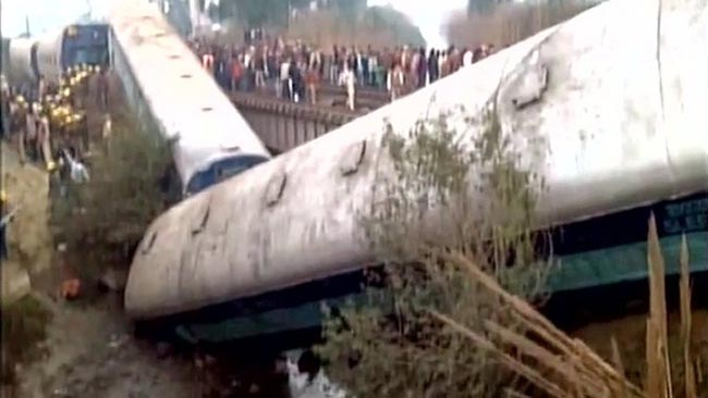 kanpur-trian-accident