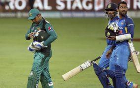 ಏಷ್ಯಾಕಪ್: ಭಾರತೀಯ ಬೌಲರ್'ಗಳಿಗೆ ಹೆದರಿದ ಪಾಕ್ ! ಪಾಕಿಸ್ತಾನ ವಿರುದ್ಧ ಭಾರತ 8  ವಿಕೆಟ್ ಗಳ ಅಮೋಘ ಜಯ
