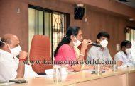 ರಜಾ ತೆಗೆದುಕೊಳ್ಳದೇ ಉಡುಪಿ ಜಿಲ್ಲೆಯ ಅಧಿಕಾರಿಗಳು ಯುದ್ದದಂತೆ ಕೆಲಸ ಮಾಡುತ್ತಿದ್ದಾರೆ: ಸಂಸದೆ ಶೋಭಾ(Video)