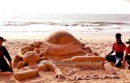 'ವೆಲ್-ಕಮ್ ಕೋವ್ಯಾಕ್ಸಿನ್' ಮರಳು ಶಿಲ್ಪಾಕೃತಿ ರಚಿಸಿದ ಸ್ಯಾಂಡ್ ಥೀಂ ತಂಡ