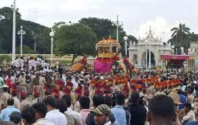ವಿಶ್ವ ವಿಖ್ಯಾತ ಮೈಸೂರು ದಸರಾ ಜಂಬೂ ಸವಾರಿ ಸಂಪನ್ನ